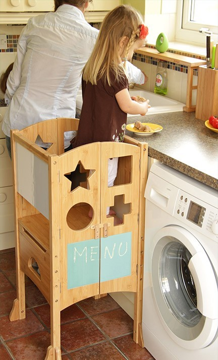Play Kitchen, Kids in the kitchen