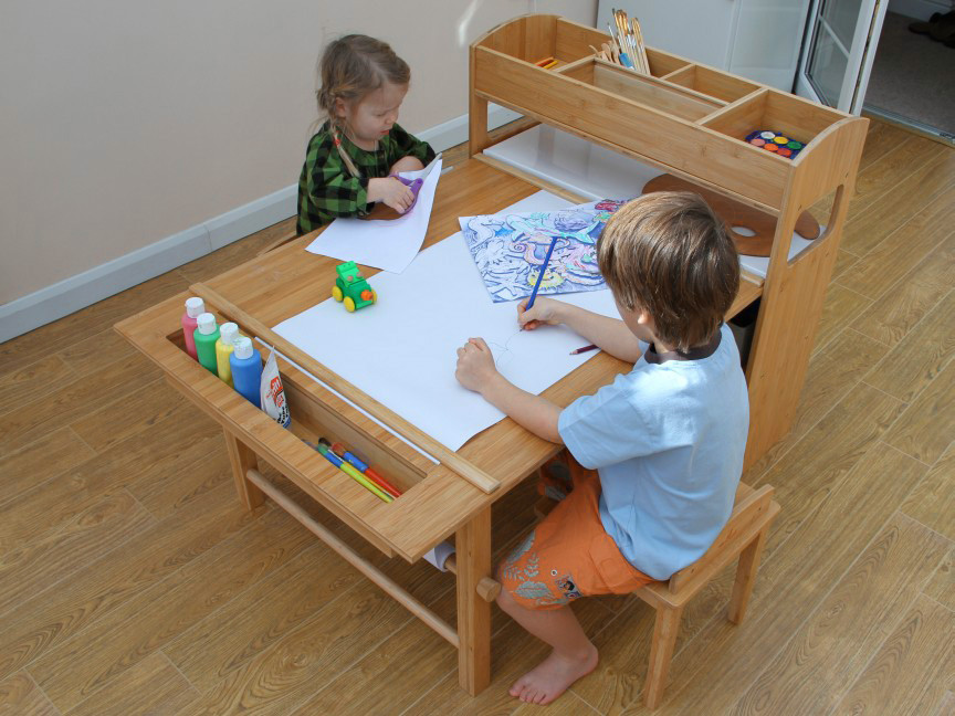 Toddler Desk And Easel