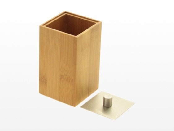 Bamboo cup with lid